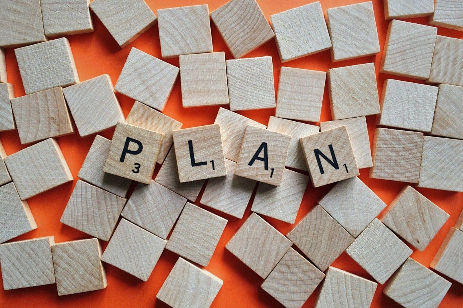 Lettres du jeu Scrabble formant le mot Plan
