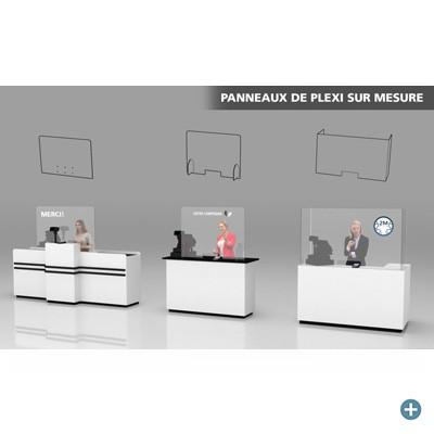 Panneaux de plexiglass sur un comptoir-caisse